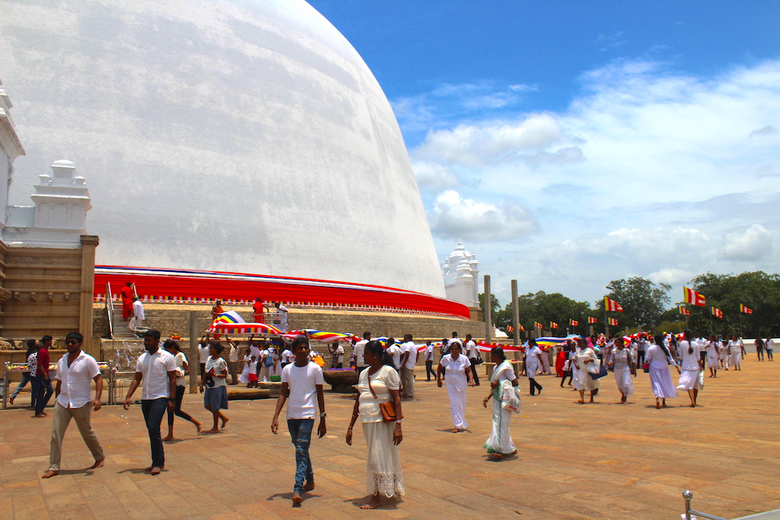Sri-Lanka-Ruwanweliseya-Dagoba2