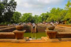 Sri-Lanka-Kuttam-Pokuna