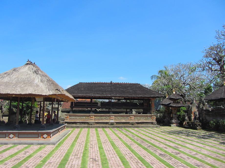 Bali-Puseh-Batuan-Temple