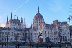 Budapest-Copertina-Parlamento-e1597142893184