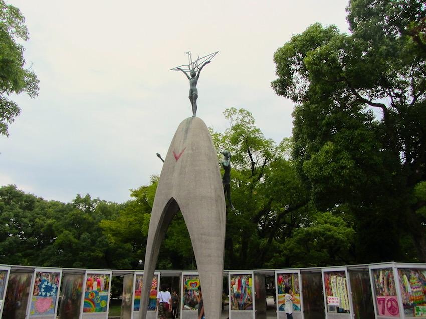 Hiroshima-Children-pace-monument