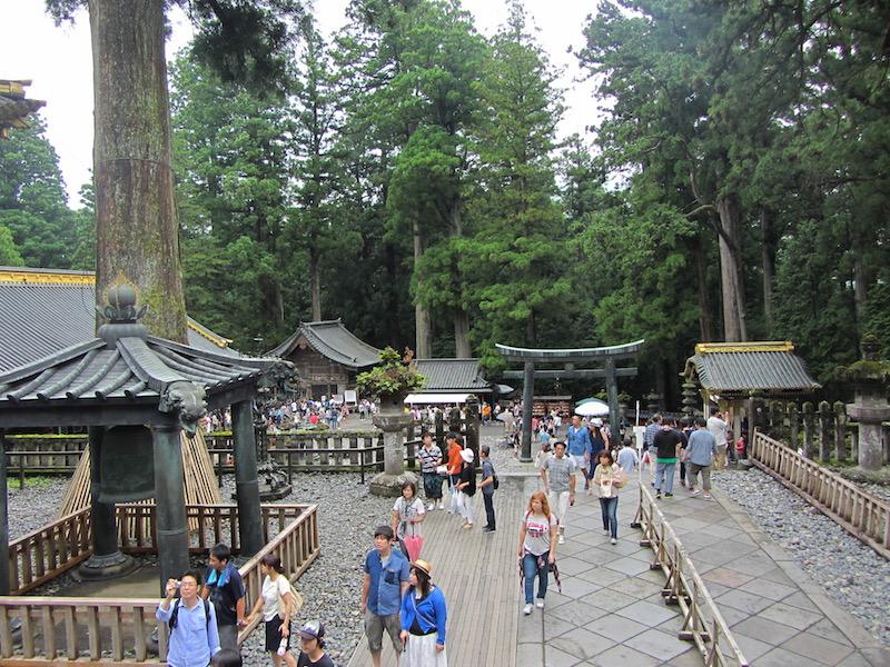 Nikko-Toshogu-piazza